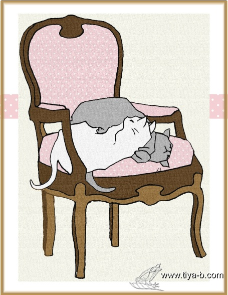 cats-in-pinkd-chair